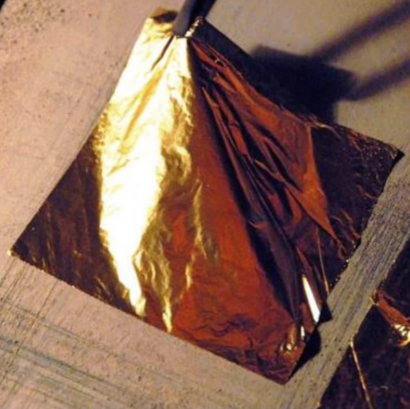 Size for leaf metal