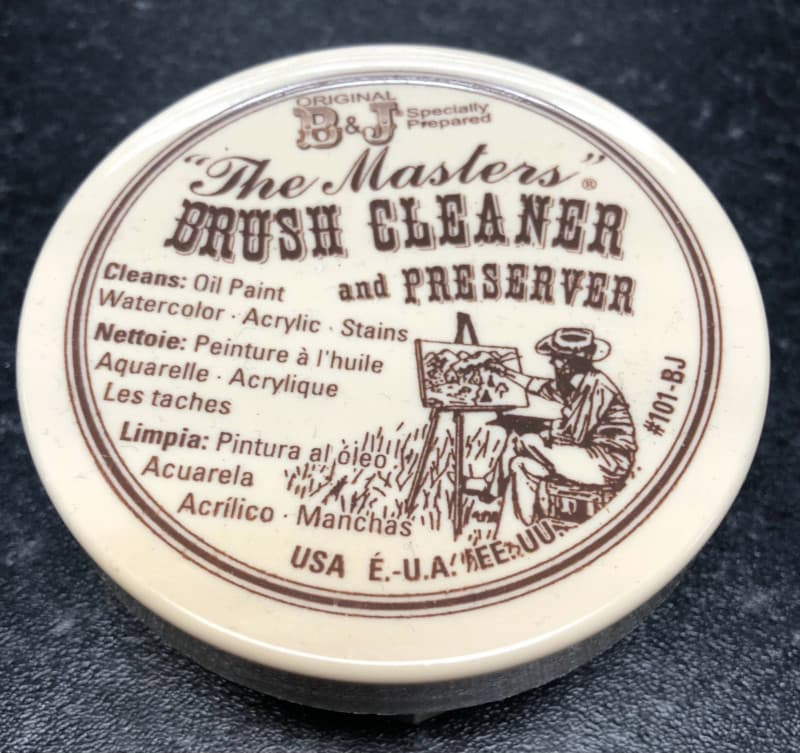 """""""The Masters"""" brush cleaner and preserver"""