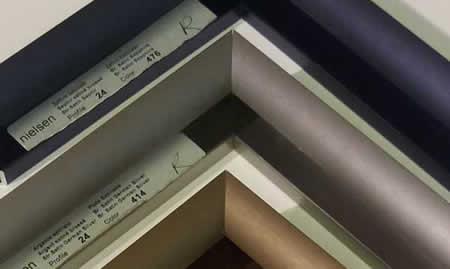 metallic frame style
