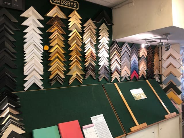 Picture frame mouldings to choose from